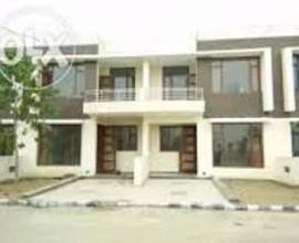 100 Gaj Duplex For Sale In Gbp Rosewood Estate