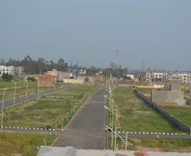 Plots Resale in Gbp Derabassi