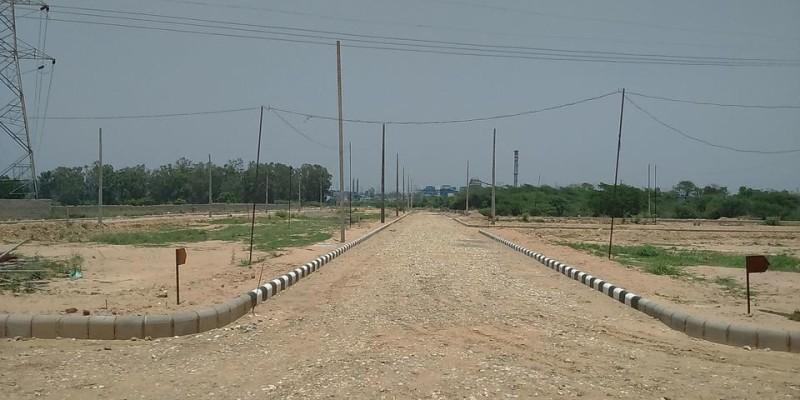 1400 Syd. Industrial Plot On Nh73 (Barwala Road)